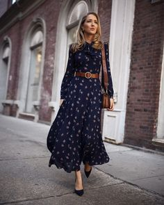 Black satin floral maxi dress with a front slit features a powerful feminine look. Presented in sumptuous satin against black background, this floral dress will be your most elegantly assertive piece. Shop Black Floral Maxi Dress at She Is Rebel. Office Outfits, Night Outfits, Fall Outfits, Hijab Office, Summer Outfits, Sweater Outfits, Black Floral Maxi Dress, Boho Dress, Navy Maxi