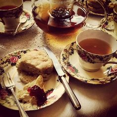 Tea Room and antique shop - found on 15 Splendid Places To Go On a Date In Edinburgh