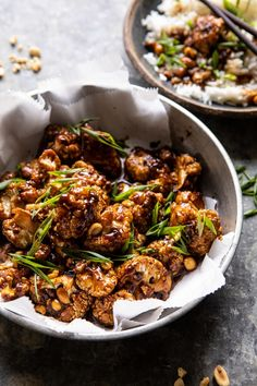 Better Than Takeout Kung Pao Cauliflower the perfect 30 minute , healthy, delicious, alternative to the traditional heavier sugary version. Kung Pao Cauliflower, Oven Roasted Cauliflower, Cauliflower Bites, Cauliflower Recipes, Pao Recipe, Vegetarian Recipes, Healthy Recipes, Asian Recipes, Ethnic Recipes