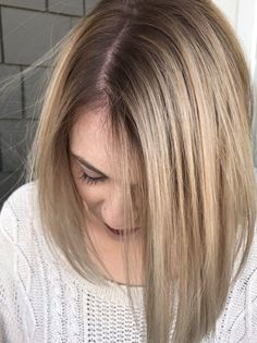 Blended blonde balayage by @lindseymariecolor on instagram