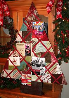 Christmas Card Holder......it is a Christmas tree, I so need this