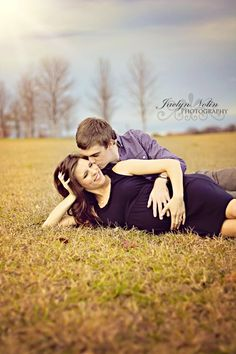 Jaclyn Nolin Photography  Maternity Photography Montgomery, Alabama www.jaclynnolinphotography.com