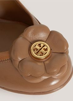 Tory Burch Shelby Floral Leather Wedges in Brown (Neutral and Brown) - Lyst