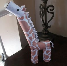Cardboard Tube Giraffe - Crafts by Amanda