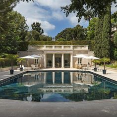 Fine Homes & Estates Listings - Luxury Homes Cabana, Porches, House Columns, Southern Mansions, Luxury Pools, Expensive Houses, Swimming Pool Designs, Classic House, Pool Houses