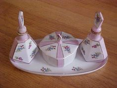 Porcelain Dresser Set of Tray and Perfumes, Japan