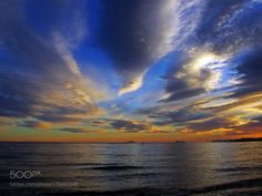Nubes del atardecer by antonioc55. @go4fotos