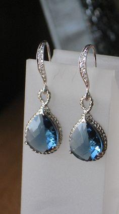 ooooh shinyyyy earring
