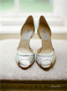 Gorgeous wedding shoes! #weddings #shoes #weddingshoes