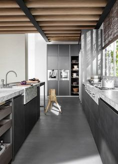 DADA: Clean-cut details for the linear and island composition of VVD kitchen, design V ... http://www.davincilifestyle.com/dada-clean-cut-details-for-the-linear-and-island-composition-of-vvd-kitchen-design-v/   Clean-cut details for the linear and island composition of VVD kitchen, Design Vincent Van Duysen. Railway steel base units doors and worktops stump perfectly match the oven and rotating columns      [ACCESS DADA BRAND INFORMATION AND CATALOGUES]         #DADA D