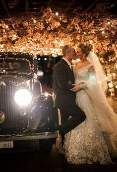 casamento-beijo-dos-noivos-roberto-tamer