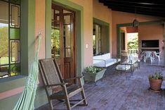 Francisco Marconi & Arquitectos Asociados Outdoor Spaces, Outdoor Decor, Terracota, Pergola, Sweet Home, New Homes, Farmhouse, House Design, Places