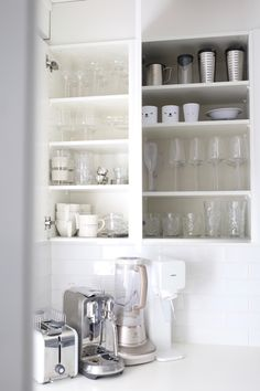 Rustic Kitchen, Kitchen Dining, Kitchen Decor, Lets Stay Home, Home Organization, Organizing, Keep It Simple, Staying Organized, Housekeeping