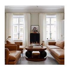 Thank you @annagillar for the kind words. #louiseliljencrantzdesign #interiordesignbyme #residencemagazine #zanotta #klotjohan #svenskttenn #kasthall #interiordesign #work #repost #annagillar #photographereriklefvander #homeofsofiawallenstam #houseofdagmar