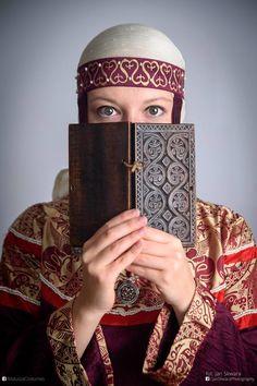 Medieval Rus headdress