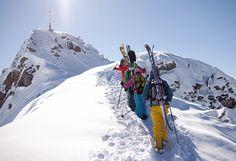 Gipfelsturm Zamangspitze - die Besteigung der Zamangspitze ist ein Leckerbissen für technisch starke Skifahrer und Snowboarder. Ein ortskundiger Guide führt die Kleingruppe und vermittelt erste alpine Erfahrungen. Nach einem packenden Aufstieg, winkt anschließend eine sensationelle Geländeabfahrt nach St. Gallenkirch. #silvrettamontafon #skiing #freeride #mountains #gipfelsturm #neverstopexploring Mount Everest, Skiing, Snow, Mountains, Travel, Skiers, Ski, Viajes, Traveling