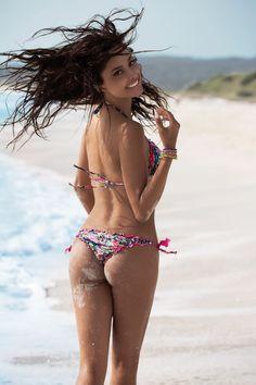 "2Bekini Ambassadors "" Bikini is my life style""con Patricia Contreras"