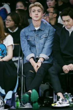 Sehun at Seoul Fashion Week/ Sehun Oppa what are you doing to me