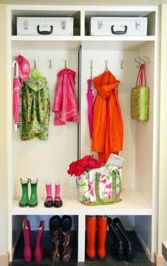 Smart Storage Design Solution for Small Room - Home Interior Design Entry Closet, Hall Closet, Room Closet, Closet Mudroom, Closet Redo, Shoe Room, Utility Closet, Laundry Closet, Closet Doors