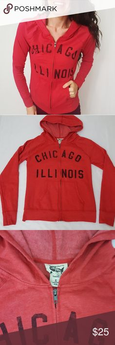 Chicago Illinois zip up hoodie size small -B0 Zip up hoodie from Chicago, Illinois. Size small. Used item: lovingly inspected for wear. Pictures show any signs of wear. Bundle up! Offers always welcome:) Tops Sweatshirts & Hoodies