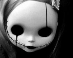 doll and creepy image Zombie Dolls, Scary Dolls, Voodoo Dolls, Doll Drawing, Doll Tattoo, Creepy Art, Creepy Faces, Creepy Drawings, Creepy Things