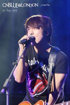 jung yong hwa Kang Min Hyuk, Lee Jong Hyun, Lee Jung, Jung Yong Hwa, New Love, I Love Him, Cn Blue, Korean K Pop, Power Pop