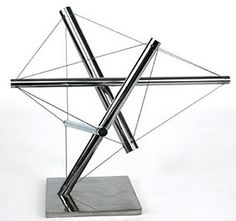 4 strut tensegrity, probably by Snelson (?)