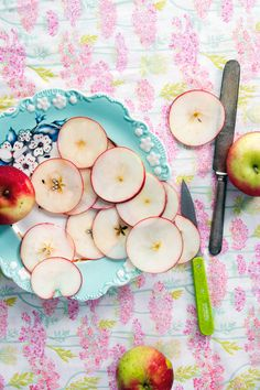 Apple slices are a cool snack any time of the day no matter how you slice them. Remember to always opt for organic apples.