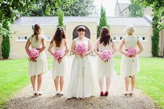 Jenny and Josh�s Relaxed, Handmade and Crafty Cambridge Wedding by Kirsten Mavric