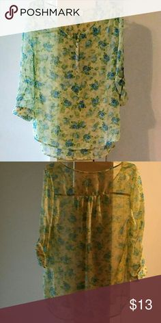 Bobbie & brooks SHEER TOP WITH BUTTON UP SLEEVES  (see pics for details) Tops