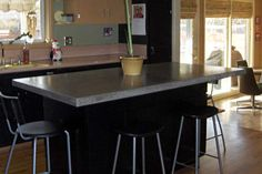 More on concrete kitchen countertops Diy Furniture Projects, Easy Diy Projects, Home Projects, Concrete Kitchen, Concrete Countertops, Diy Concrete, Concrete Table, Concrete Projects, Diy Kitchen Island