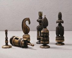 Spanish Pulpit Bone Chess Set, circa 1800