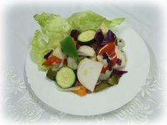 Caprese Salad, Cobb Salad, Food, Meals, Yemek, Insalata Caprese, Eten