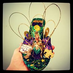 Decorated Shoes, Mardi Gras, Muse, Captain Hat, Hats, Jewelry, Fashion, Carnival, Moda