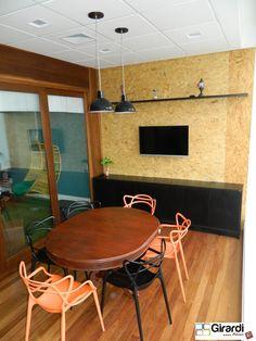 Sala de reuniões clean! A Girardi Móveis faz!!! Venha você também! #girardimóveis #sobmedida #designmoderno #saladereuniões #criatividade