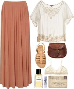 I love maxi skirts and dresses... so effortlessly elegant and chic, and I love the old-fashioned feel to them .