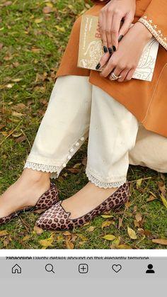 Pakistani Fashion Casual, Pakistani Dresses Casual, Pakistani Dress Design, Fancy Dress Design, Stylish Dress Designs, Salwar Designs, Kurta Designs Women, Stylish Dresses For Girls, Stylish Girl