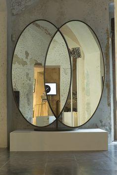 Olympia Freestanding Mirror - Sé at Spazio Rossana Orlandi, Milan 2015