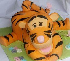 tigger birthday cake