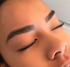 Eyebrows ♡Brows, Eyes, makeup, mood, pretty, goals, mhh, yes please, I want some, @arielleguerrier