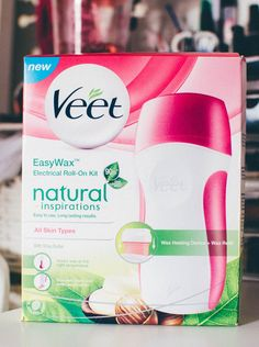 Veet EasyWax Electrical Roll-On Kit  http://www.beingashleigh.com/2015/06/veet-easywax-electrical-roll-on-kit.html