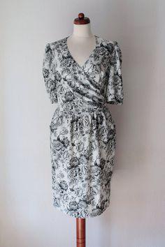 Vintage Poly Dress Black & White Rose by PaperdollVintageShop