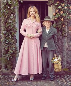 Looking pretty in pink, Lily James wears Emilia Wickstead coat dress and Salvatore Ferragamo heels How To Look Pretty, Pretty In Pink, Pretty Girls, Actress Lily James, Pride And Prejudice And Zombies, Glamour, Victoria, Trends, Portraits