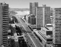 Kalinin Prospekt Complex (New Arbat), Moscow, 1967   Architects: M.V. Posokhin, A. Mndoyantz, G. Makarevich, B. Tkhor,   S. Airapetov, I. A. Pokrovsky, Y. Popov, A. Zaitzev.   Engineers: S. Shkolnikov, V. Nikolaev, V. Sno, L. Gokhman