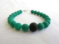 Bracelet with matt green glass beads and a matt black by GIASEMAKI Gift Guide, Turquoise Bracelet, Glass Beads, Beaded Bracelets, Jewels, Unique Jewelry, Handmade Gifts, Green, Etsy