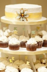 Cupcakes  http://brds.vu/GHPbcN  #cake
