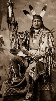 Son of the Star (Rushing Bear) - Sahnish (Arikara). Son of the Star was a strong… Native American Images, Native American Beauty, Native American Tribes, American Indian Art, Native American History, American Indians, American Symbols, American Women, Sioux