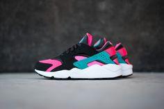 Nike Air Huarache - Hyper Pink/Dusty Cactus - Sneaker Politics