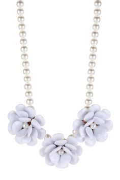 Pearl & White Flower Necklace