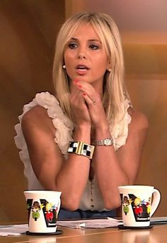 i always love what elisabeth hasselbeck wears on the view